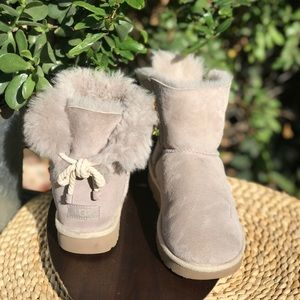 UGG🍂Bow Rope women's Sz 10